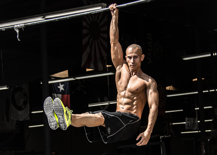 Frank Medrano, Frank Medrano workout, Frank Medrano workout schedule, best body of the world, best fitness trainers, best fasion loges, celebrity workout