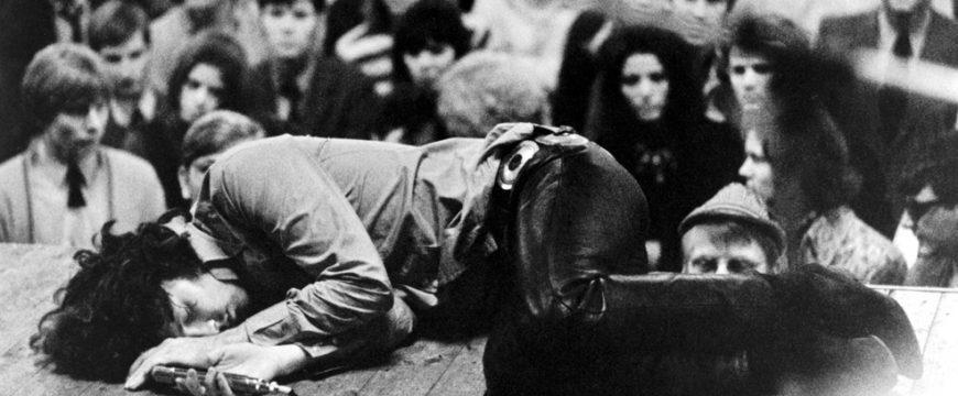 Jim Morrison Biography - life, family, childhood, name