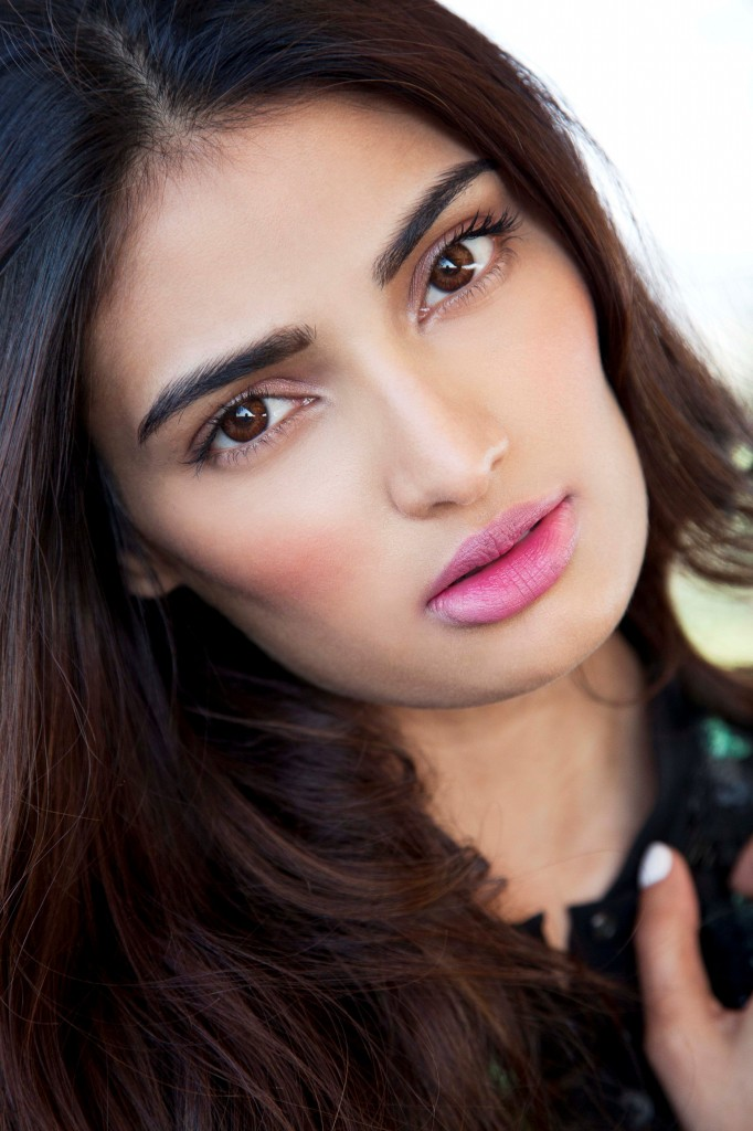 Athiya Shetty, Athiya Shetty Bollywood, Athiya Shetty Delhi, So Delhi, Bollywood News, Entertainment, StyleRugWoman, hot Celebrities