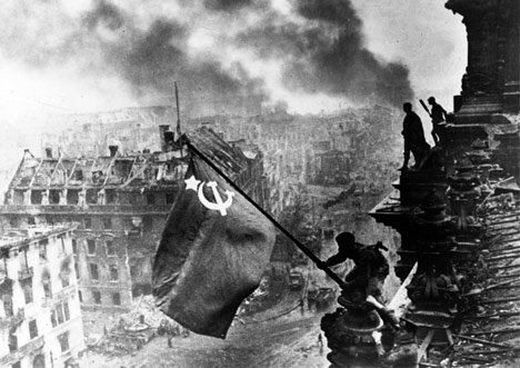 Widely Circulated Fake Images, Historical Fake Images, Controversial Images, History In Pictures, In News