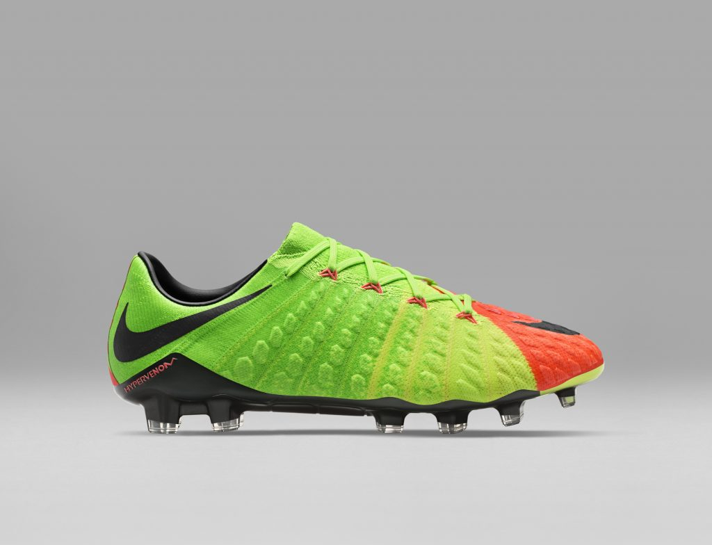 Nike's Hypervenom 3, Nike's Hypervenom 3 Review, Football News, Sports Update, Soccer Update, Best Shoe For Football, Fitness Blogs, Fitness Bloggers, Fitbit, Fitfame, Stylerug, Flyknit, Nike Flyknit