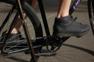 Cycling, Cycling Benefits, Fitness Tips, Tips To Stay Fit, Best Shoes For Cycling, StyleRug, Cycling Shoes, Fitness Shoes, Running Shoes