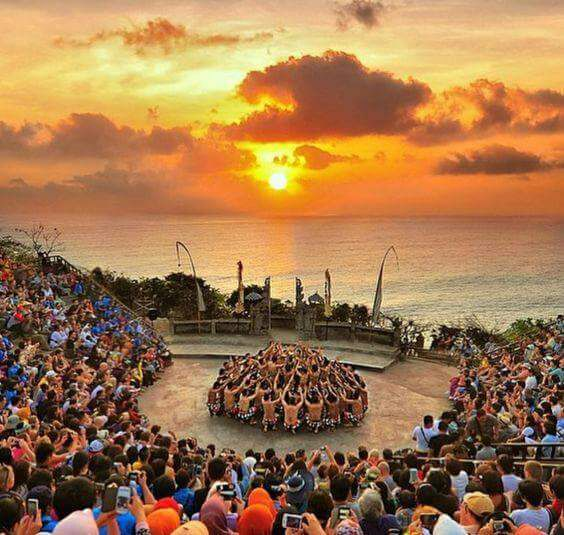 Uluwatu, Monkey Temple, Ramayan, Travel Blogs, Travel Blogs India, Travel Bloggers India, Travel Blog Articles, StyleRug, Sanjay Verma, Best Indian Fashion Blogs, Fashion Blogs India, Mens Fashion Blogs, Uluwatu Temple Indonesia
