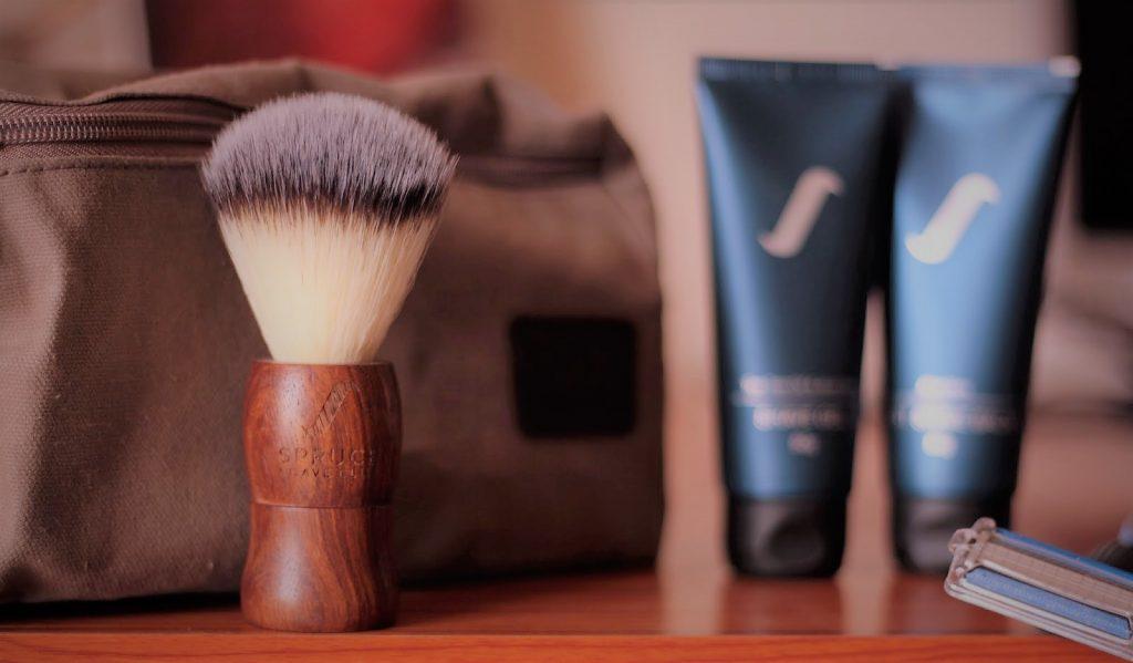 Spruce Shave Club, Shaving Kit, Spruce Shave Gel, Spruce Shave Balm, Mens Grooming Prodcuts, Mens Shaving Kit, Best Shaving Kit, Spruce Shave, Mens Style Blog, Mens Grooming Blog, Mens Fashion Blog, Beard Grooming Tips, Virat Kohli, Shah Rukh Khan, StyleRug