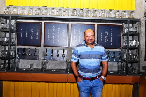 The Beer Cafe, Beer, Breweries In Delhi, Best Breweries, Beer Cafes Delhi, Party Places Delhi, Best Beer in Delhi, Stylerug, Food Blogs India, Food Bloggers India, Food Bloggers, Travel Blogs India, Travekl Bloggers, Stylerug, Sandeep Verma, Best Fashion Blogs India