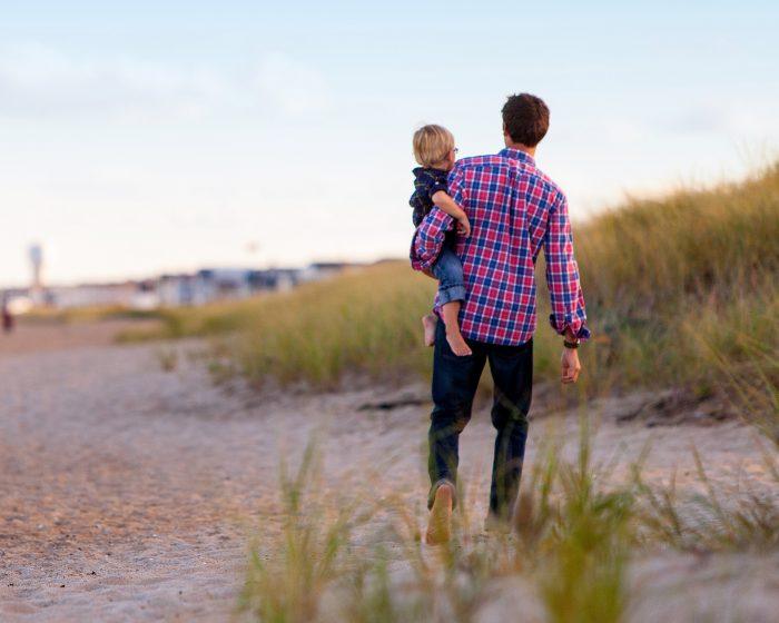 SUp[er Dad, Parenting Advice, How To Be A Better dad, Super Dad Tricks, Virat Kohli, Shah Rukh Khan, StyleRug, Parenting Blog