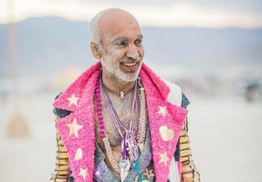 Manish Arora, The Burning Man, Manish Arora Psychedelic, Psychedelic Art, Psychedelic Clothes, StyleRug, Indian Fashin Designers, Indian Men, Hot Men India, Manish Arora Designs, Indian Fashion Blogger, Indian Bloggers, Delhi Bloggers, Travel Blogs, Fashion Blogs India, Travel Bloggers India