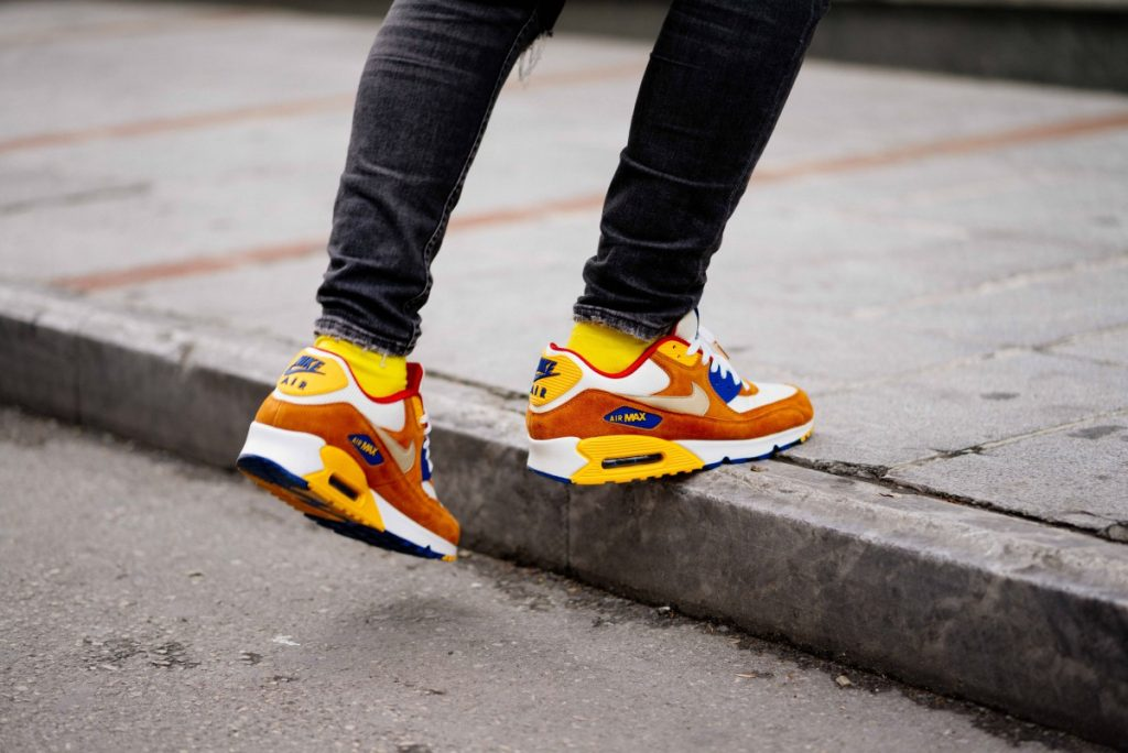 Becks afeitado para justificar  5 Reasons Why Every Guy Should Own Nike Sneakers