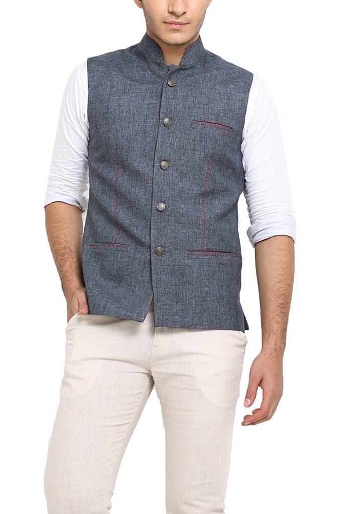 Virat Kohli, Shahid Kapoor. Bollywood Fashion, Miss Malini, Bollywood Hungama, Mens Fashion, Mens Styling, Mens Fashion Blogs India, Best Fashion Blogs, Stylerug