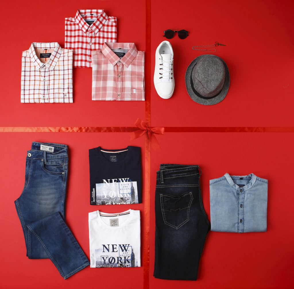 Mens Fashion, Mens Style Blog, Virat Kohli, Virat Kohli Fashion Pictures, Virat Kohli Fitness Routine, What Does Virat kohli Eats, Mens Grooming, Valentine's Day, Styling For Valentine's Day, Valentine's Day Style, Mens Grooming Tips, Grooming For Men, Shirt For Men, Online SHopping For Men, Mufti Jeans, Mufti Denims