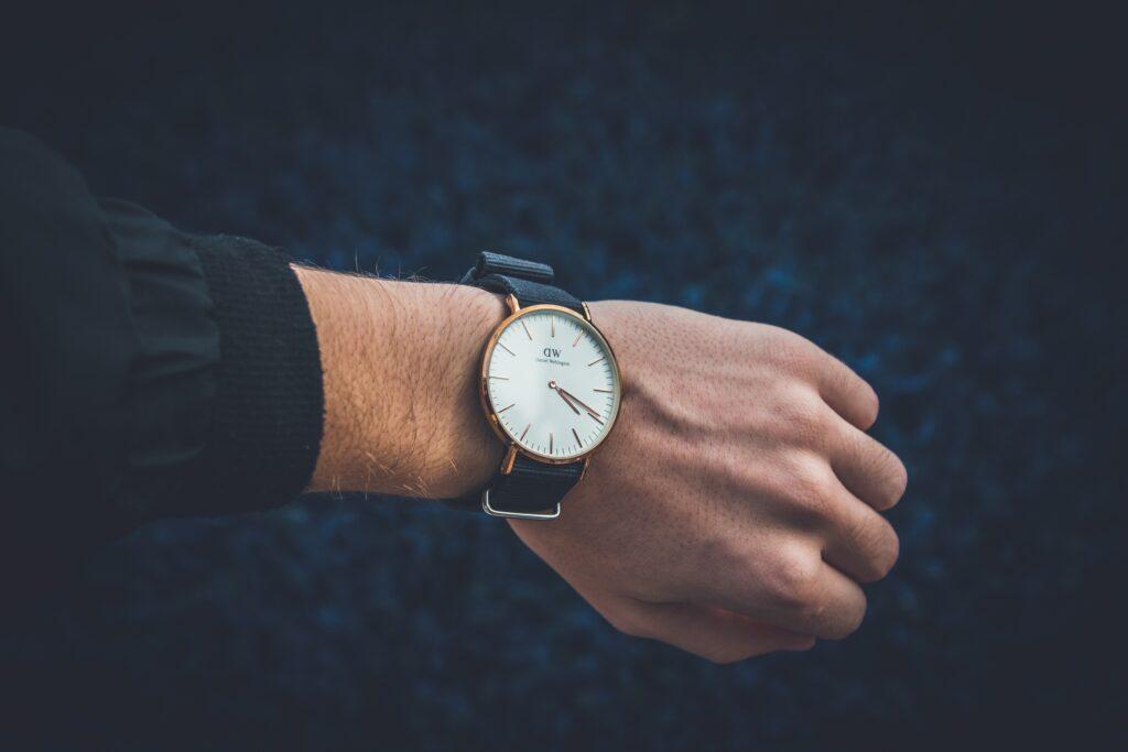 Virat Kohli, Virat Kohli Images, Priyanka Chakraborty, Stylerug, Men's Grooming Tips, Mens Watches, Watches For Men, Best Watches For Men, Affordable Watches for Men, Luxury Watches For Men, Cheap Watches, Men Style Blog, ROlex, Chopard, Cartier, Mont Blanc, Zenithm Emporio Armani
